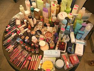 cosmetics giants and global cosmetics market